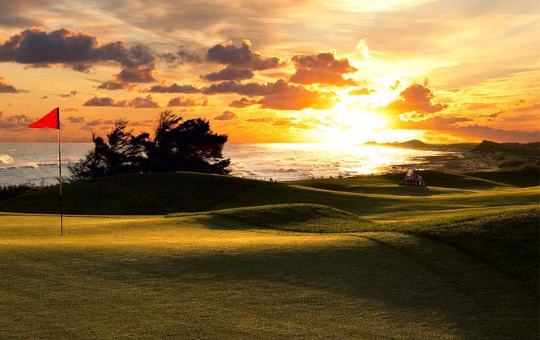 Golf's Treasured Island