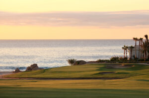 The par-4 5th at Cabo Real is a seaside beauty