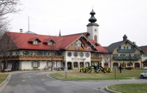 Bavarian Inn Lodge, Frankenmuth © Peter Ellegard