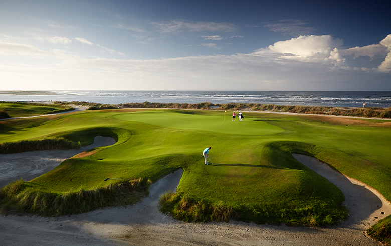 TEN Romantic Golf Destinations