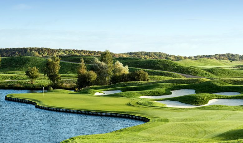 Le Golf National Hole 2, Albatrose Course, France – Home of the Ryder Cup 2018