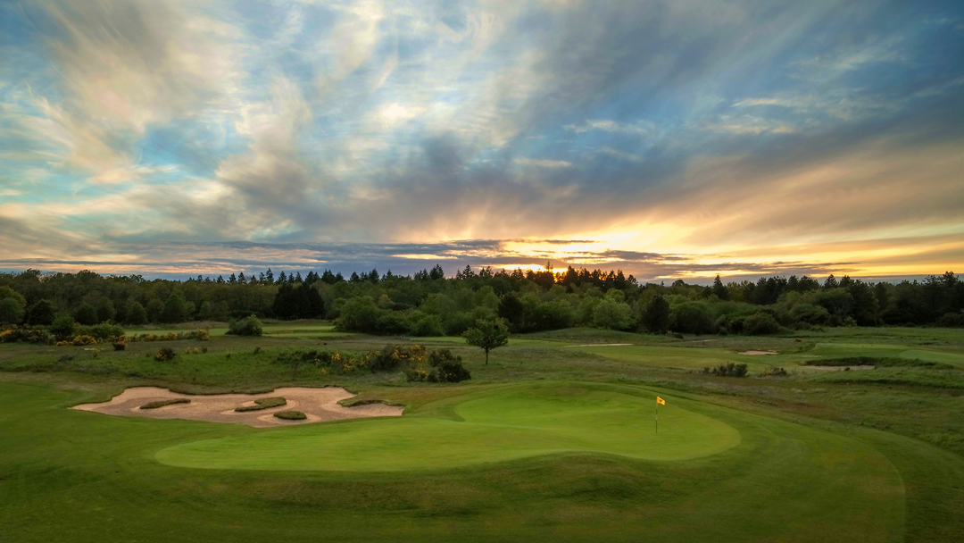 Historic Chateaux, Medieval Towns, Fine Wines and Exceptional Golf